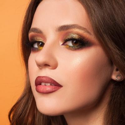 Видео курс «Формы, текстуры и цвет в макияже»